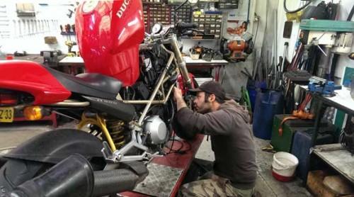 high-tech-moto-garage-moto-bordeaux